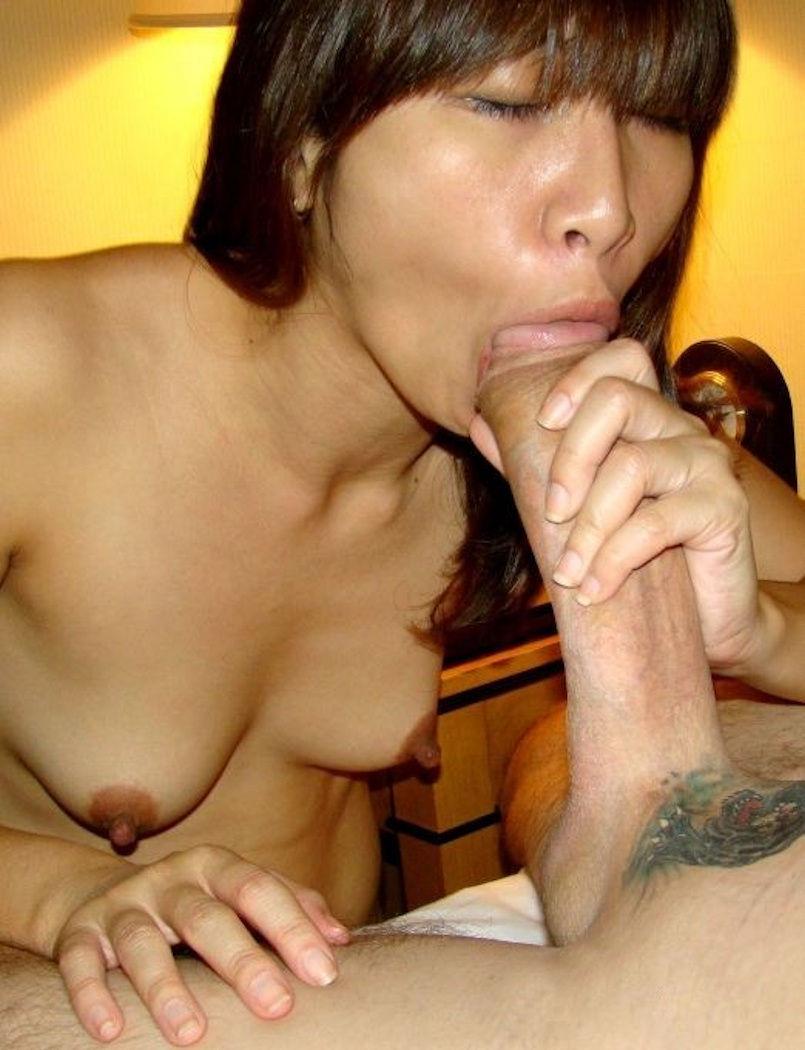 Asian girls sucking cum