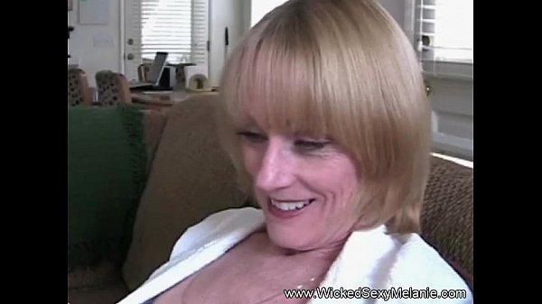 Mommy swallow my cum