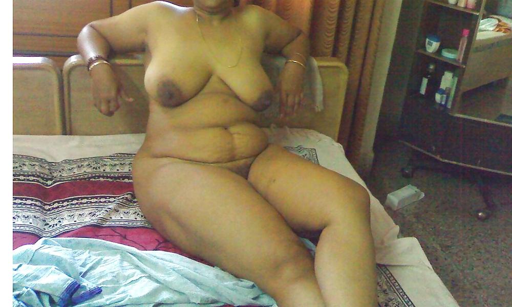 Desi old woman naked