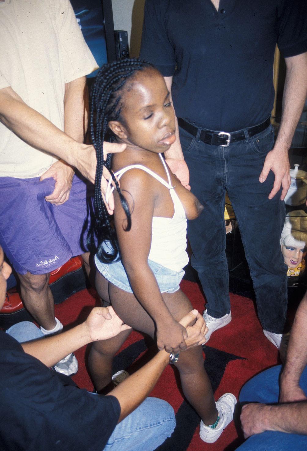 Sexy ebony black midget women pics