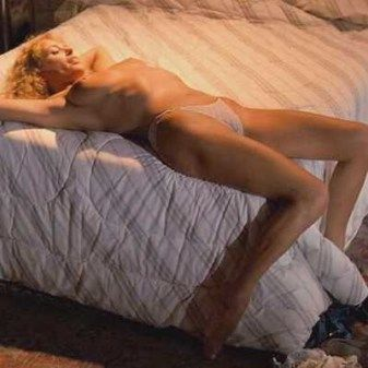 Fire nude sybil danning with playing