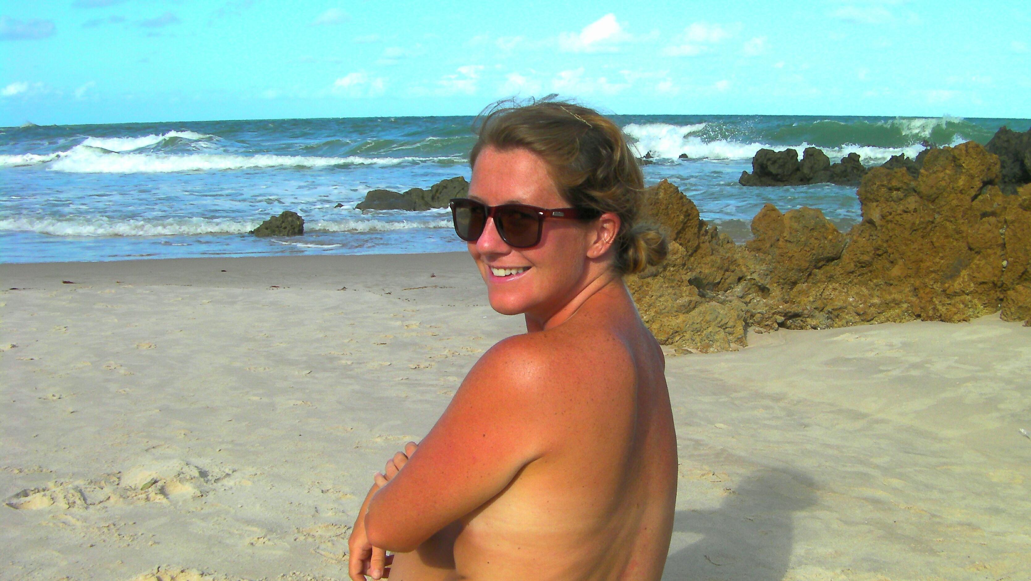 Beach girls with bush nudist