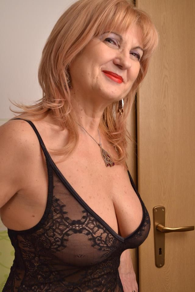 Mature woman in black lingerie