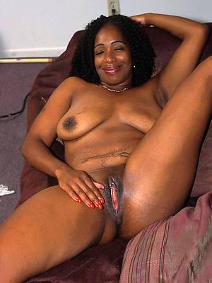 African. wemane. olde. xxx