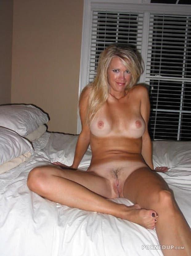Naked milf tan lines nude