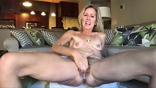 Bbw huge saggy miss d big tits