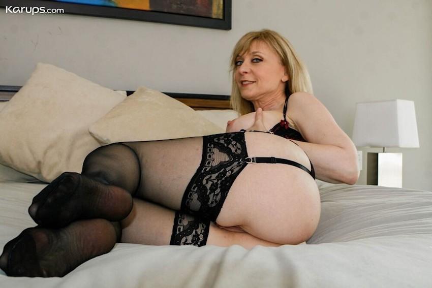 Naked gilf granny pornstar