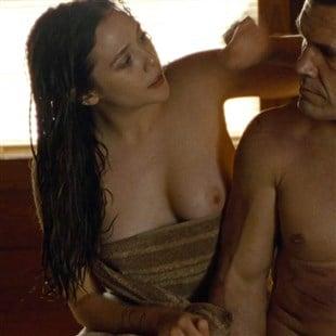 Nude elizabeth olsen