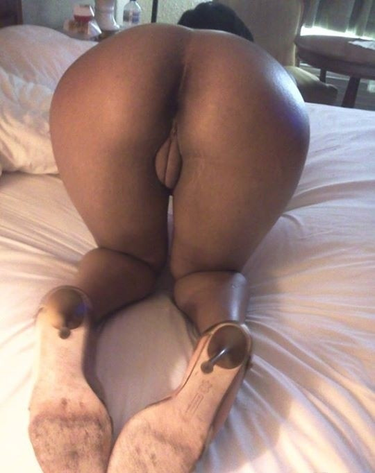 Nigerian girls nude big butts