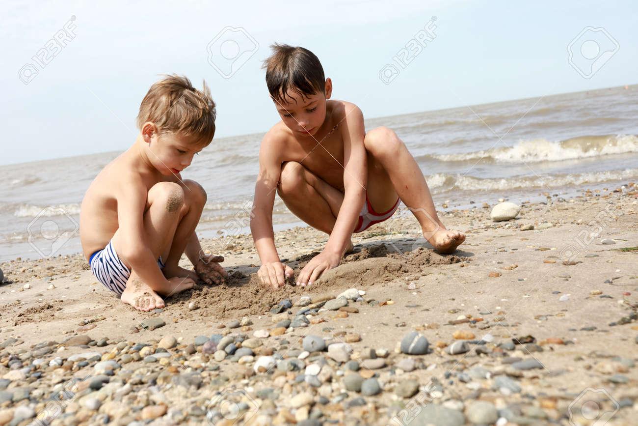 Azov boys free pics