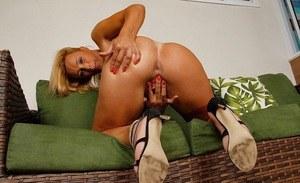Beyonce naked photo shoot